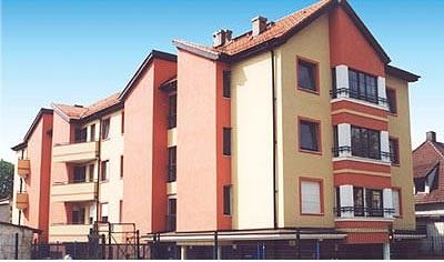 Budynek mieszkalny ul. Wałbrzyska 19